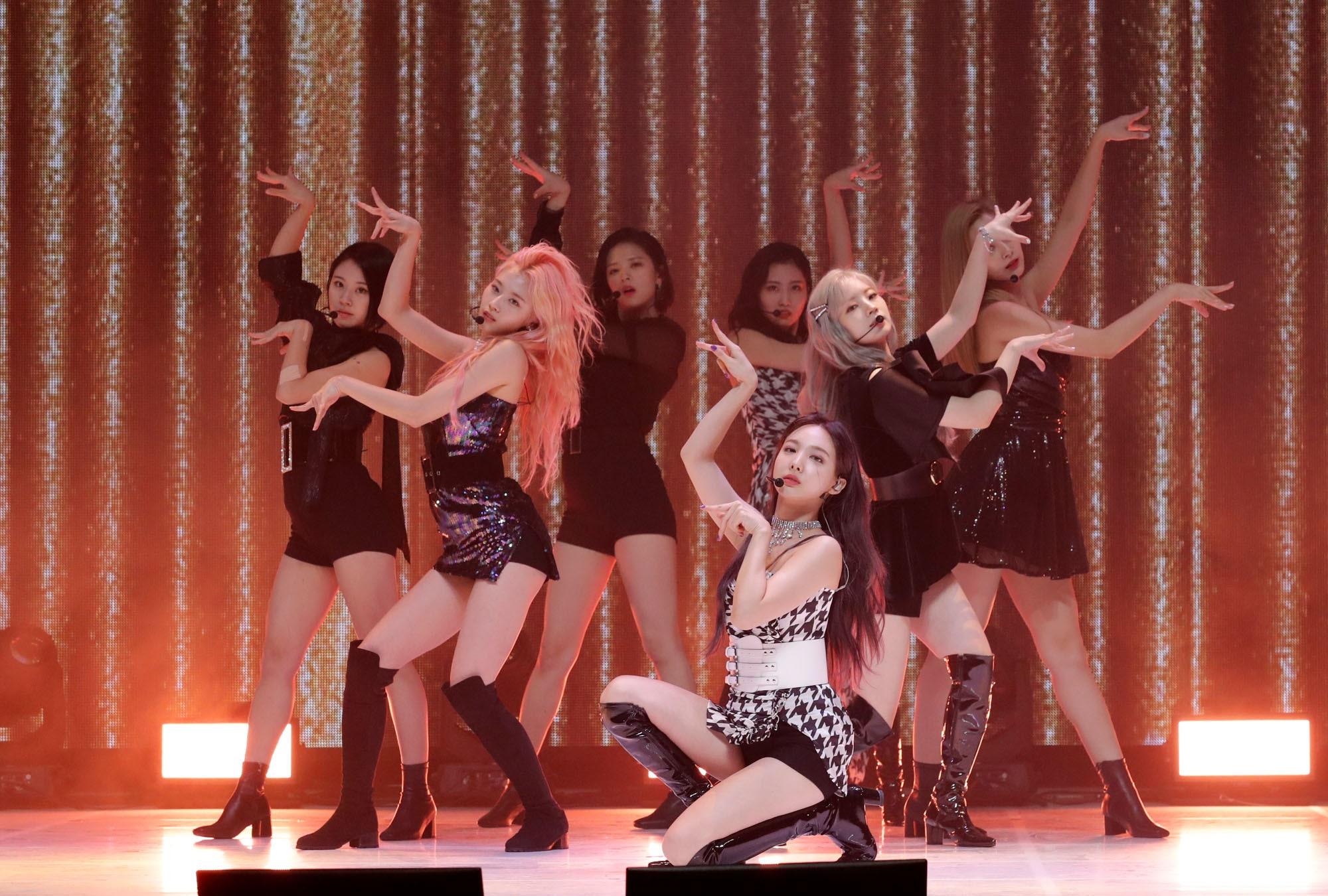 Как K-pop стал настолько популярен не только в музыке, но и в моде