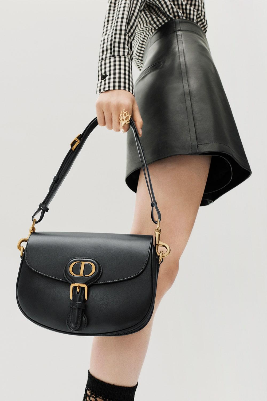 Christian Dior выпустили самую модную «школьную» сумку