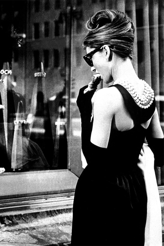 История легендарного черного платья Одри Хепберн из фильма «Завтрак у Тиффани»
