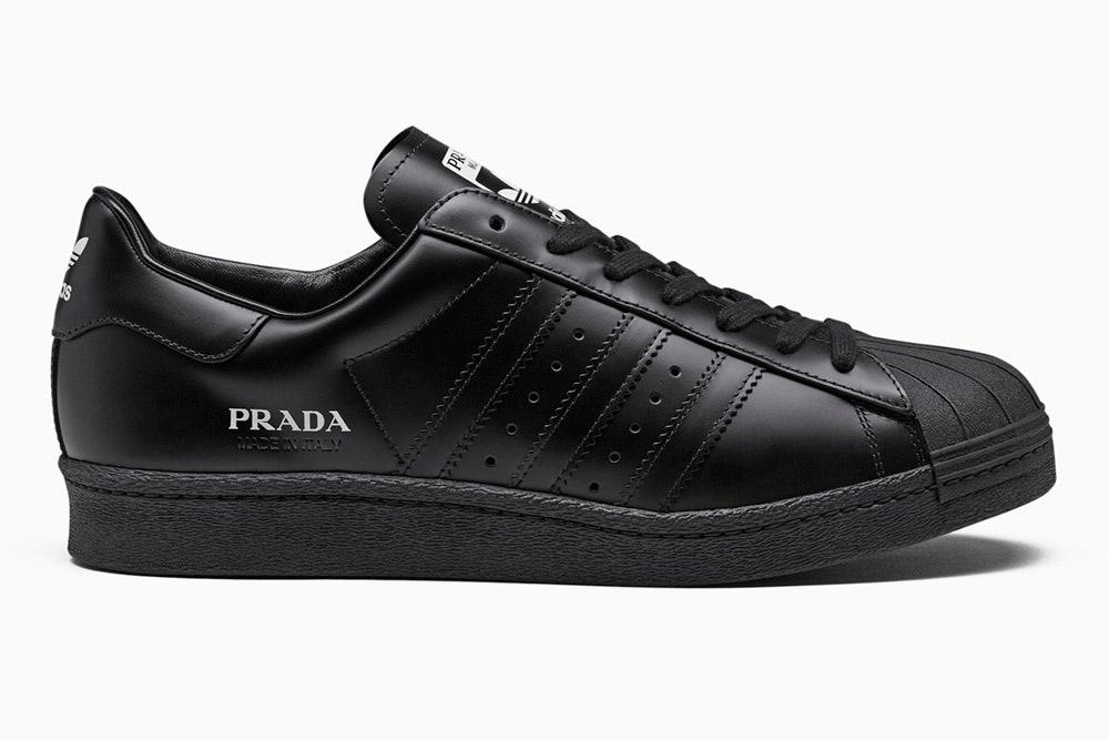 Prada и adidas создали коллекцию обуви и аксессуаров