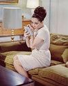Британо-американская актриса Элизабет Тейлор (1932–2011) в роли Фрэнсис Андрос в британской драме «Очень важные персоны».