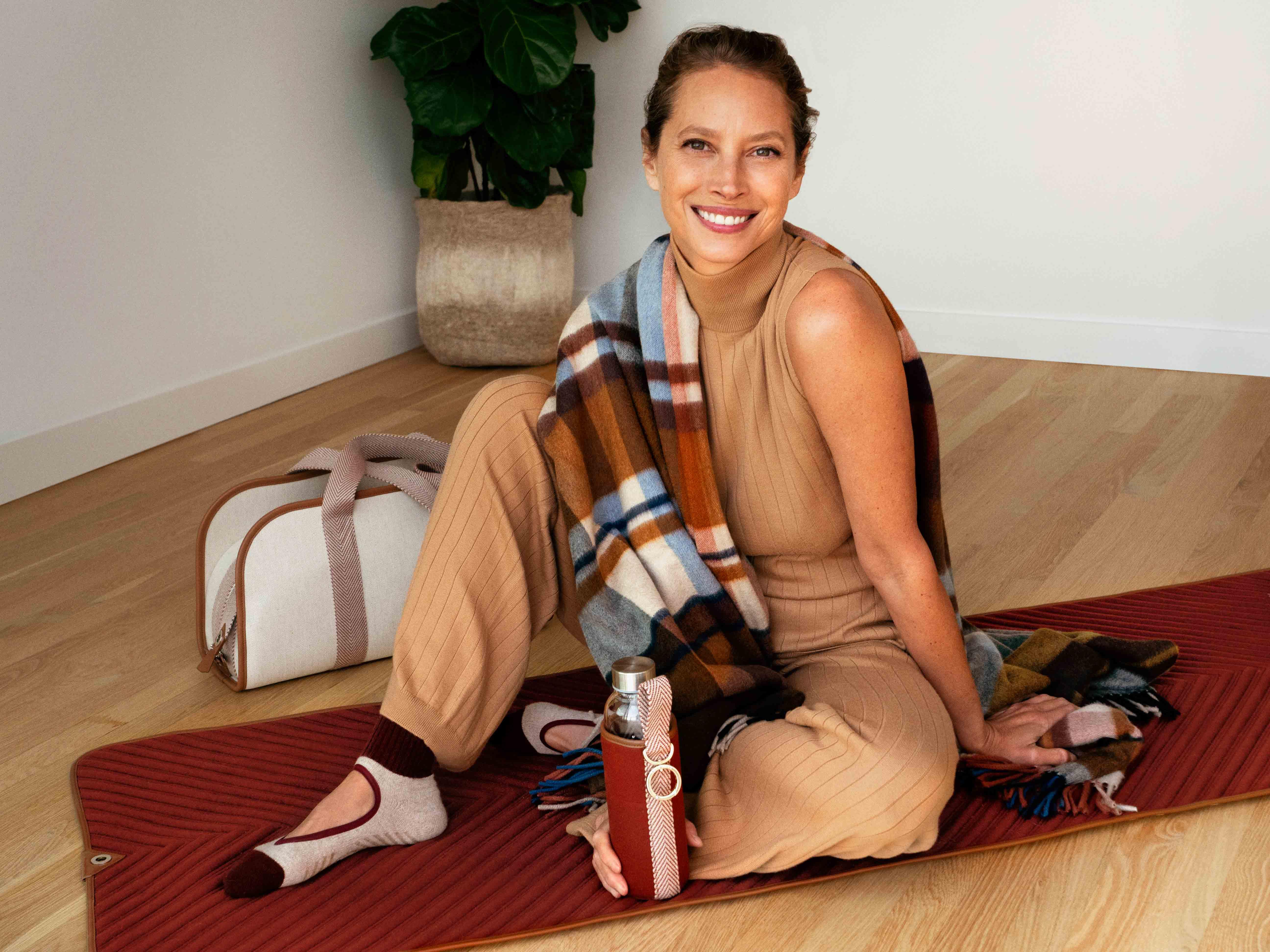 Одежда для отдыха и спортивное снаряжение в новой капсульной коллекции Loro Piana