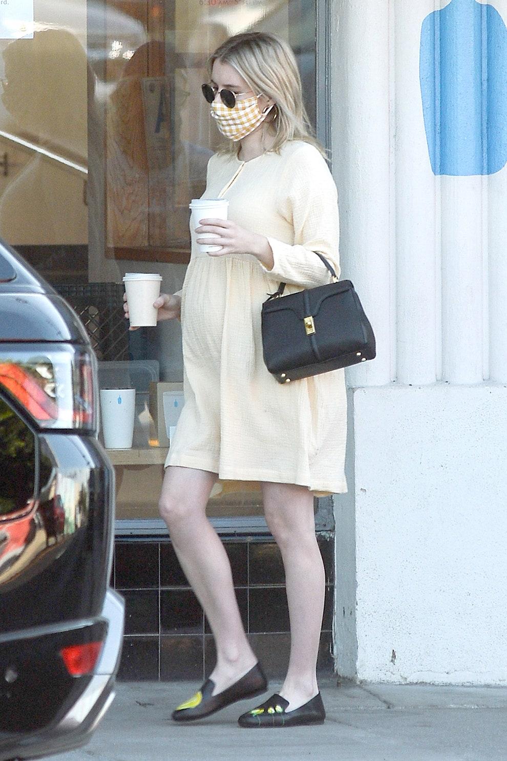 Беременная Эмма Робертс: модный гардероб