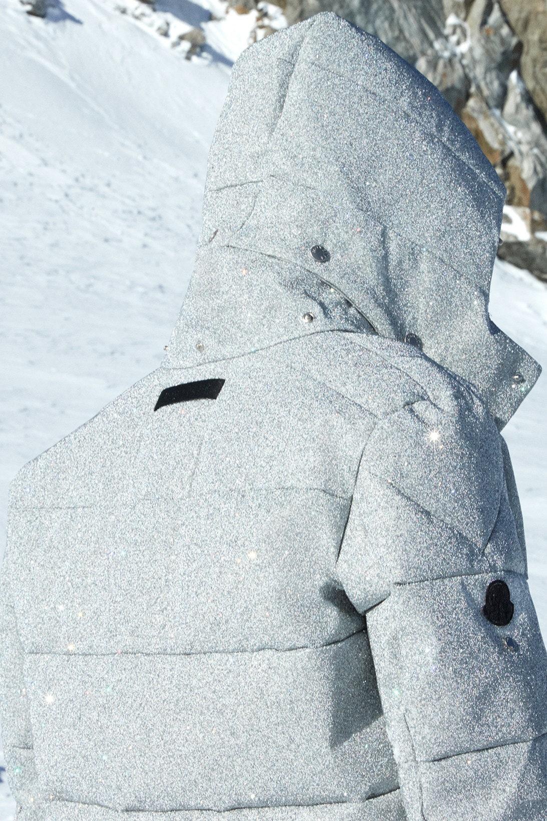 Moncler сделали пуховики в коллаборации с 1017 ALYX 9SM (брендом Мэтью Уильямса)