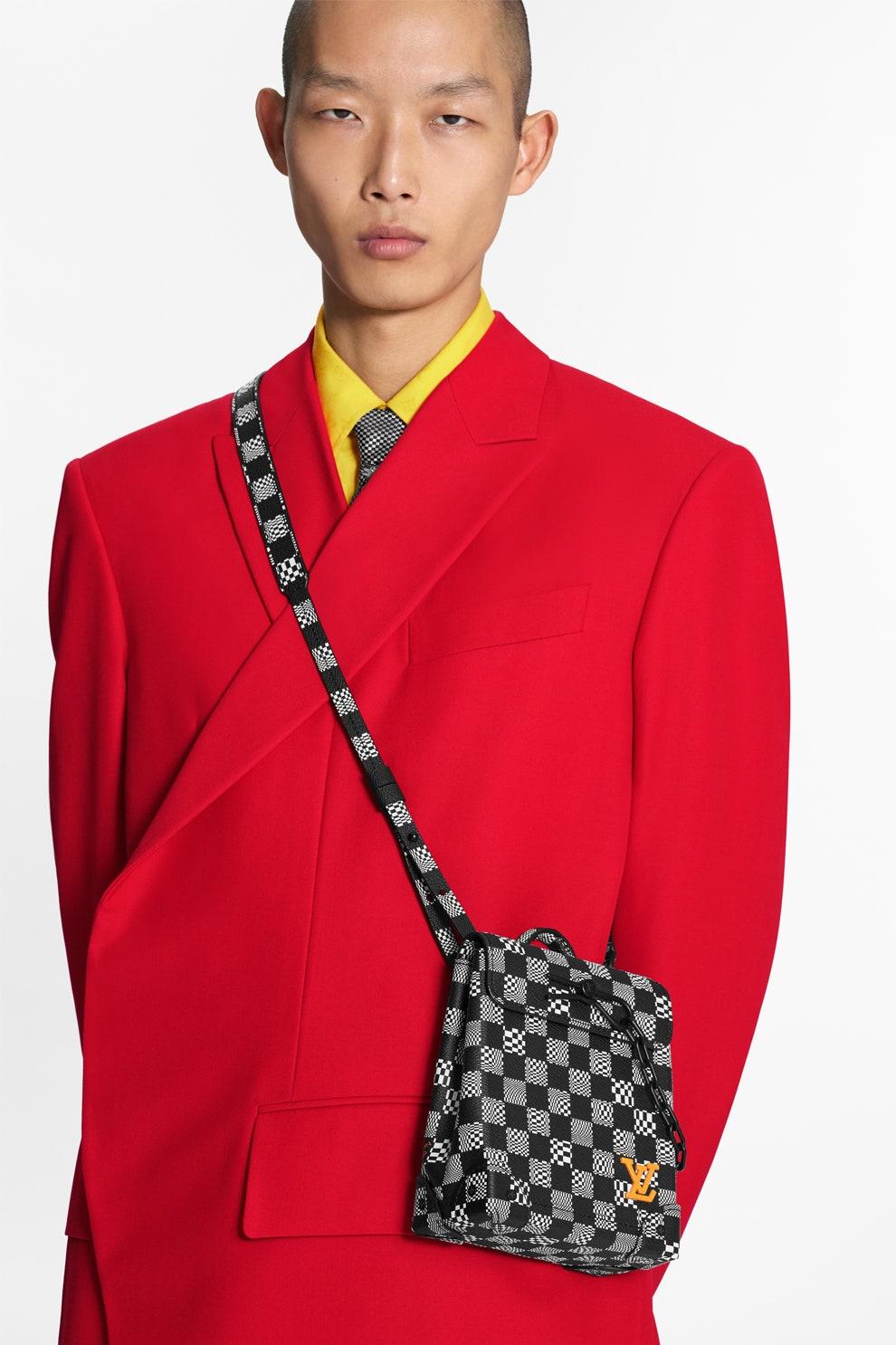 Louis Vuitton выпустили мини-версии сумок Keepall и Steamer
