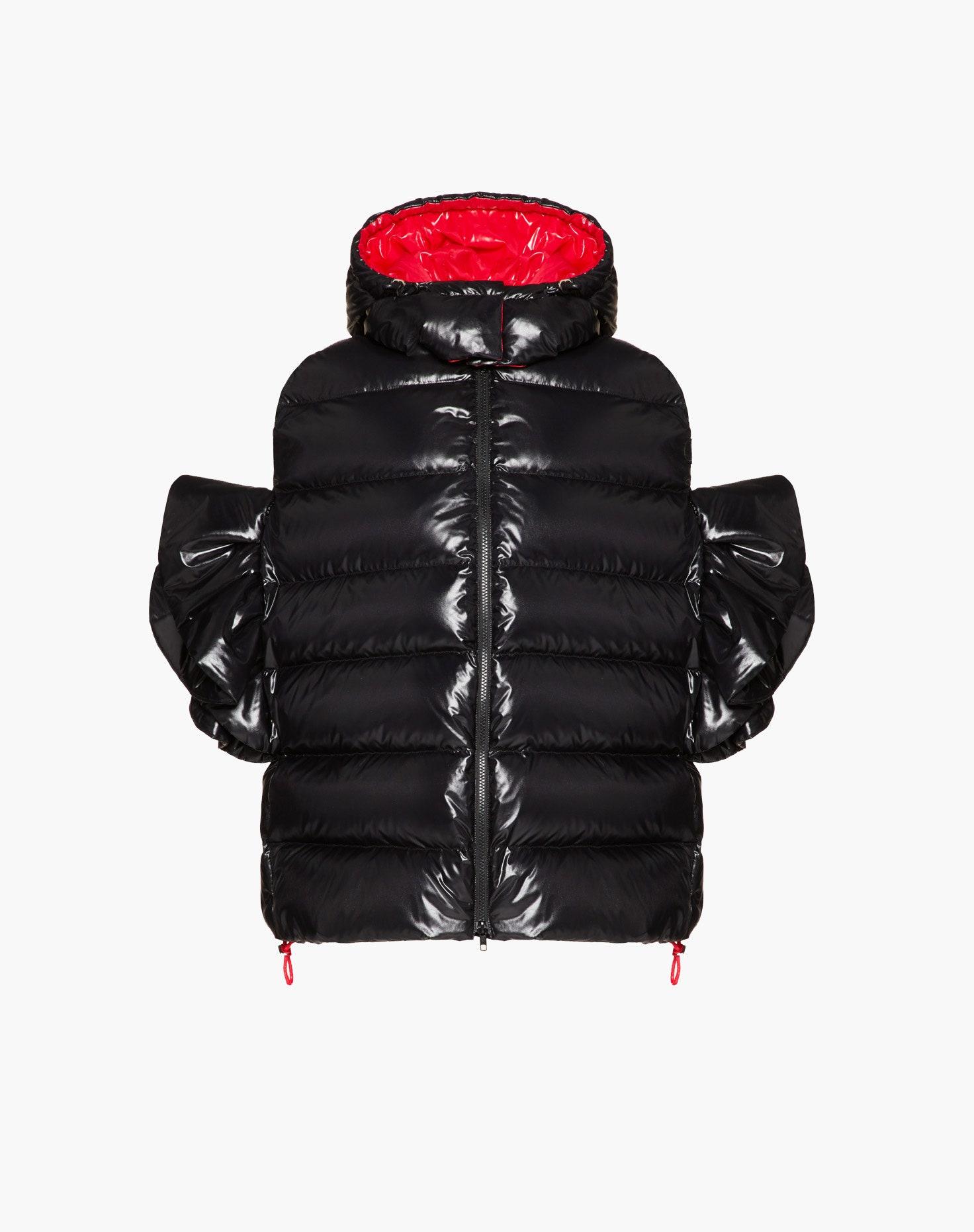 Valentino выпустили новую капсульную коллекцию пуховиков