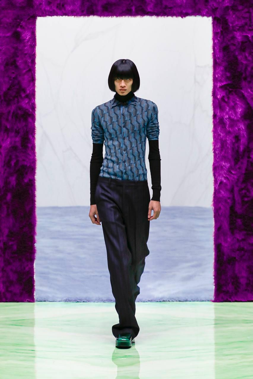 Prada показали новую мужскую коллекцию — первую для Рафа Симонса в Prada. Что о ней надо знать?