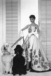 Одри Хепберн в платье Givenchy на съемках фильма «Сабрина»