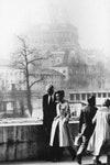 Юбер де Живанши и Одри Хепберн на улицах Парижа в 1982 году