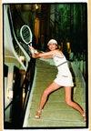 Stella Tennant luce un look de tenis de Chanel en esta imagen de 2003.