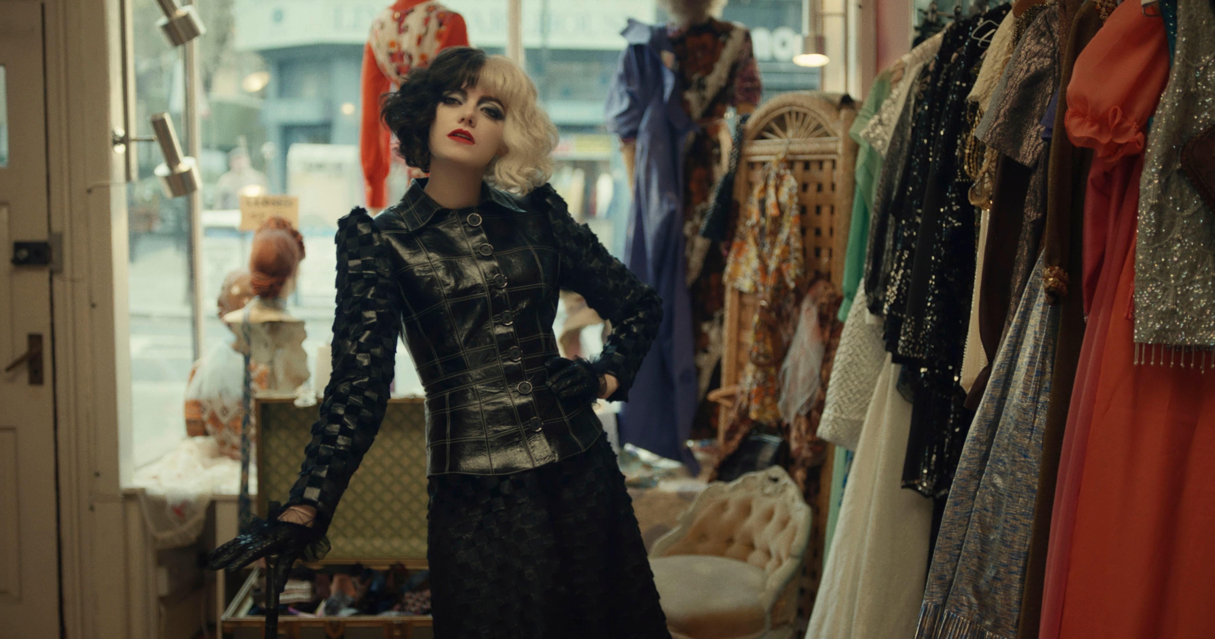 Модная Круэлла: кто и как сделал из Эммы Стоун стильную суперзлодейку