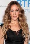 Image may contain: Sarah Jessica Parker, Human, Person, Blonde, Teen, Kid, Child, Face, Clothing, Apparel, and Fashion